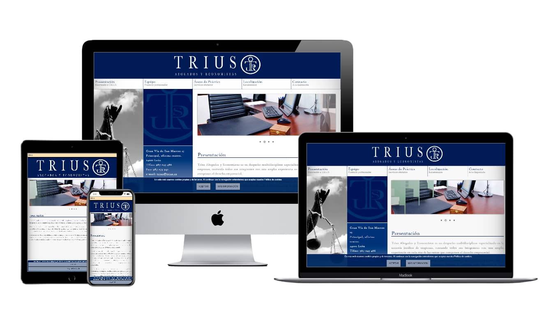 Muestra diseño adaptativo de la web de TRIUS, abogados y economistas