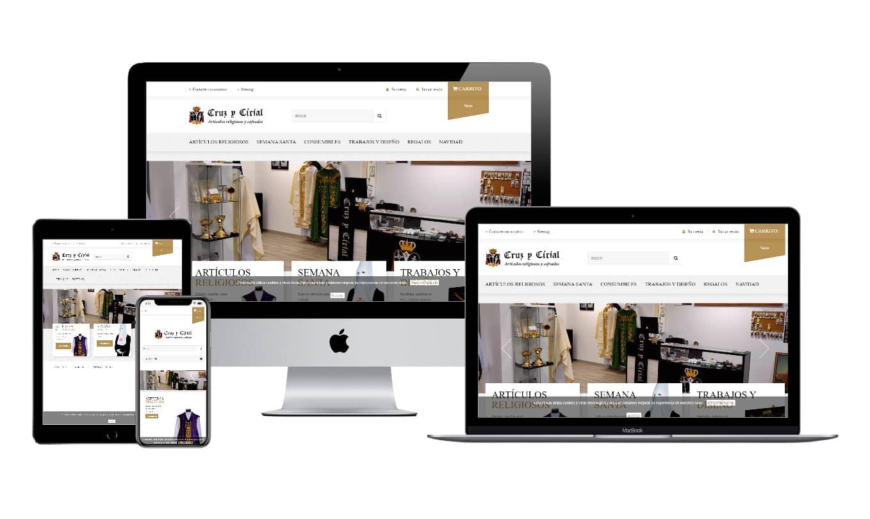 Muestra diseño adaptativo de la web de Cruz y Cirial